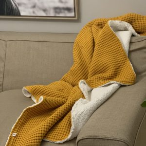 Waffle Weave and Sherpa Blanket